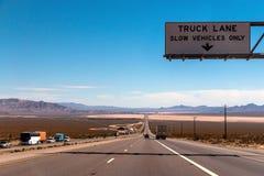 Strada principale nel Nevada Fotografia Stock Libera da Diritti