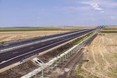 Strada principale vuota con la nuova pavimentazione Immagine Stock Libera da Diritti