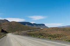 Strada R355 sul passaggio di Bloukrans fra Calvinia e Tankwa immagini stock