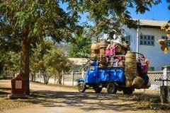 Strada rurale in Bagan, Myanmar Fotografia Stock