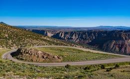 Strada secondaria scenica di Green River della gola ardente nell'Utah orientale del nord Fotografia Stock