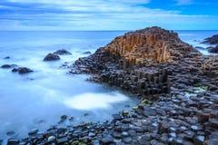 Strada soprelevata del gigante, Irlanda del Nord fotografia stock libera da diritti