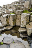 Strada soprelevata esagonale di Giants delle rocce, Irlanda del Nord Immagini Stock