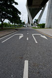 Strada sotto il ponte di Bhumibol Fotografia Stock Libera da Diritti