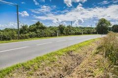 Strada stradale asfaltata rurale Fotografie Stock