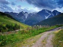 Strada sulla montagna Immagini Stock