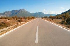 Strada tonificata d'annata di autunno La Bosnia-Erzegovina fotografia stock libera da diritti
