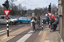 Strada trasversale di Amsterdam, Netherlan Fotografia Stock