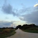 Strada vuota all'alba Immagini Stock