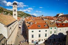 Stradun gata och Franciscankloster, Dubrovnik fotografering för bildbyråer