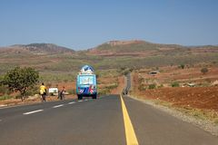 Straße der Afrika-Landschaft 009 Stockbilder