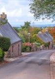 Straße in der französischen Bretagne Lizenzfreie Stockfotos