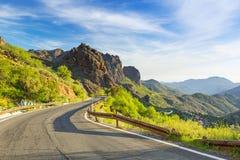 Straße durch die Berge von Gran Canaria Lizenzfreie Stockfotografie