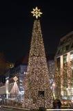 Straße Kurfurstendam in den Weihnachtsleuchten Stockfotos