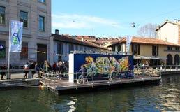 Straßenkunst auf Navigli Stockfotos
