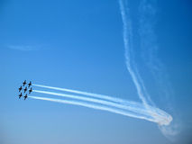 Strahlen bei Airshow Stockfotos