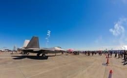 Strahlenflugzeug des Raubvogels F-22 Lizenzfreie Stockbilder