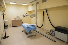 Strahlentherapielabor mit neuer Radiologieausrüstung Lizenzfreie Stockbilder
