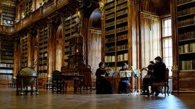 strahov de Prague de bibliothèque Photographie stock libre de droits