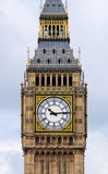Straight shoot of Big ben. Big ben shot from opposite side of thames river Royalty Free Stock Photos