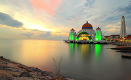 Strait mosque Stock Photography