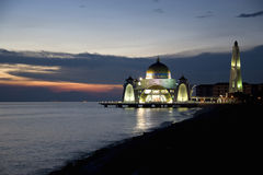Straits Mosque at Dusk Royalty Free Stock Photos