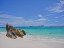 strandöpraslin seychelles Royaltyfri Foto