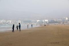 Strand in Agadir-Stadt in Marokko im Jahre 2016 Stockbild