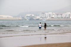 Strand in Agadir-Stadt in Marokko im Jahre 2016 Stockbilder