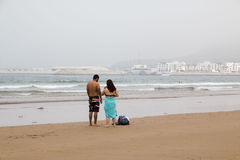 Strand in Agadir-Stadt in Marokko im Jahre 2016 Stockfotos