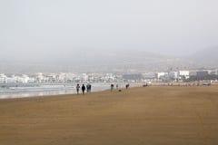 Strand in Agadir-Stadt in Marokko im Jahre 2016 Lizenzfreie Stockfotografie