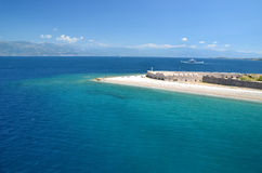 Strand in antirio van Griekenland - van Patra Rio royalty-vrije stock foto's