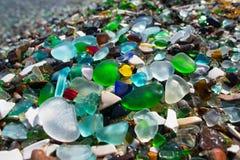 Strand av den glass kiselstenen Royaltyfri Foto