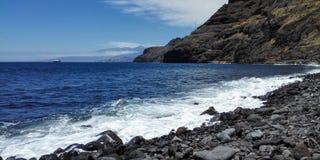 Strand av Igueste de San Andrés i Tenerife arkivbilder