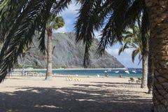 Strand Playa de Las Teresitas i Tenerife Arkivbilder