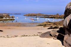 Strand av Trébeurden i Frankrike Royaltyfria Bilder