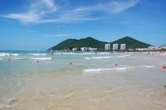 Strand in baai Dadunhai royalty-vrije stock fotografie
