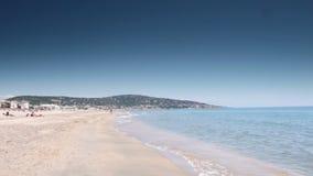 Strand bei Cote d'Azur, Frankreich stock video footage