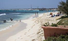 Strand bei Santa Maria, Salz, Kap-Verde Inseln stockfotografie