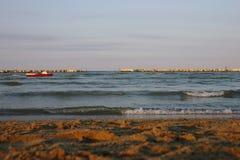 Strand bei Sonnenuntergang, adriatisches Meer Stockfotografie