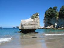 Strand bij de Inham van de Kathedraal, Nieuw Zeeland Stock Foto