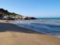 Strand bij Nationaal Park van Gargano, Vieste, Italië Royalty-vrije Stock Foto's