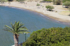 Strand bij Syros-eiland in Griekenland stock fotografie