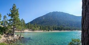 Strand bij Zandhaven in Meer Tahoe royalty-vrije stock fotografie