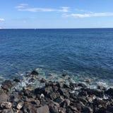 Strand blaue Santorini-SteinUrlaubsreise Lizenzfreie Stockfotos