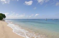 Strand in Caraïbische overzees royalty-vrije stock foto's