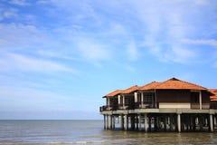 Strand-Chalet lizenzfreies stockbild