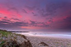 Strand, de dageraad van Stock Fotografie