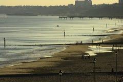 Strand an der Dämmerung Stockbilder