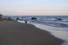 Strand an der Dämmerung in der Block-Insel Stockfotografie